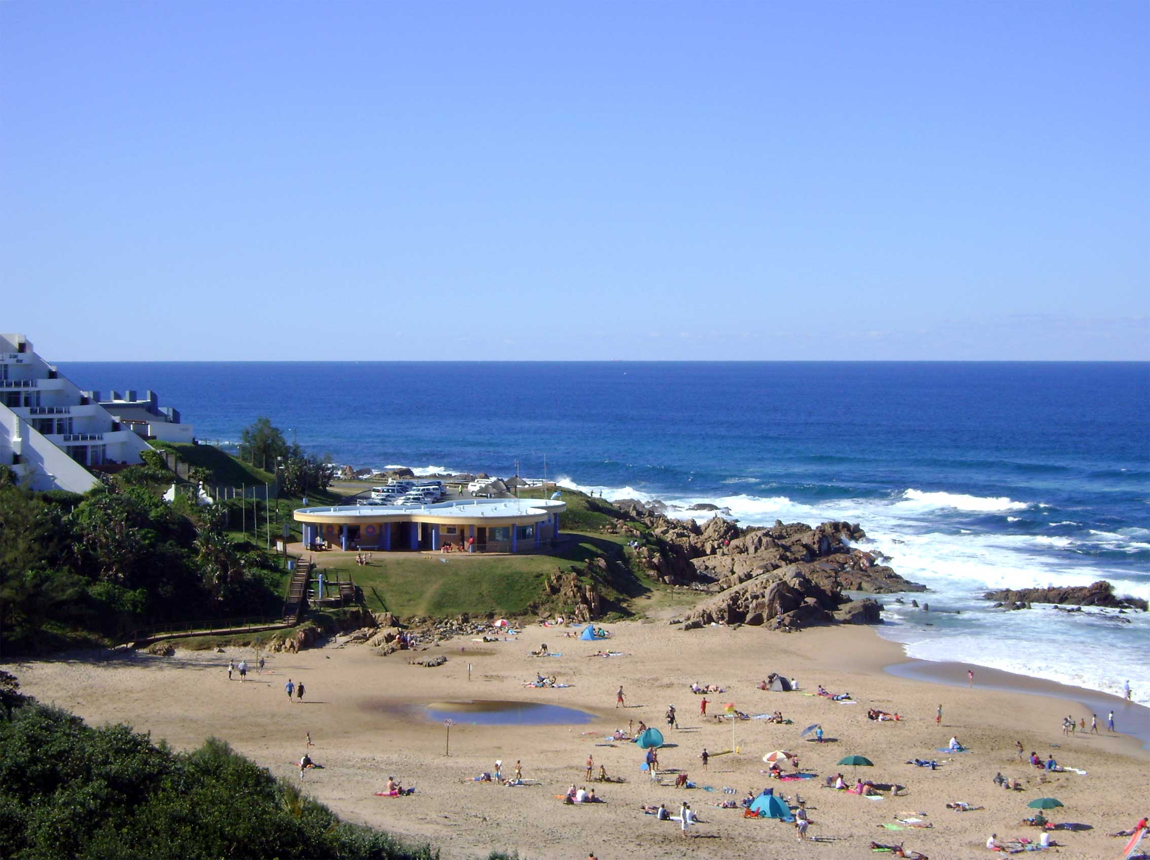 manaba beach self catering south coast holiday accommodation lucien beach
