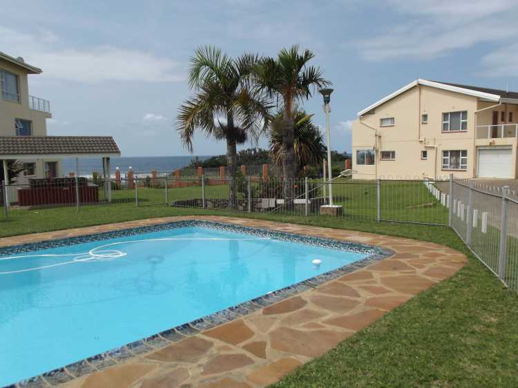 Uvongo Chalets 1 - Uvongo - Self Catering - Accommodation - Sleeps 10